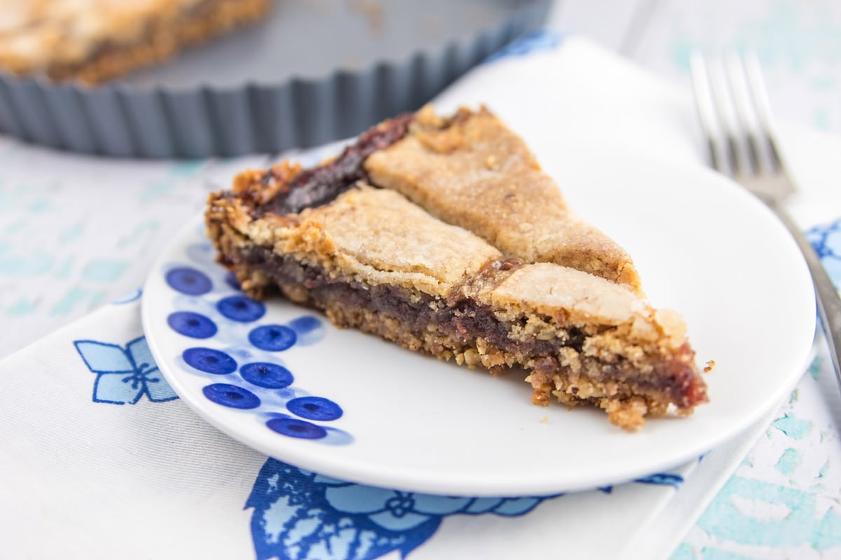Gluten Free Passover Linzer Tart: hazelnut, almond, and walnut crust with a layer of raspberry jam. {Bunsen Burner Bakery}
