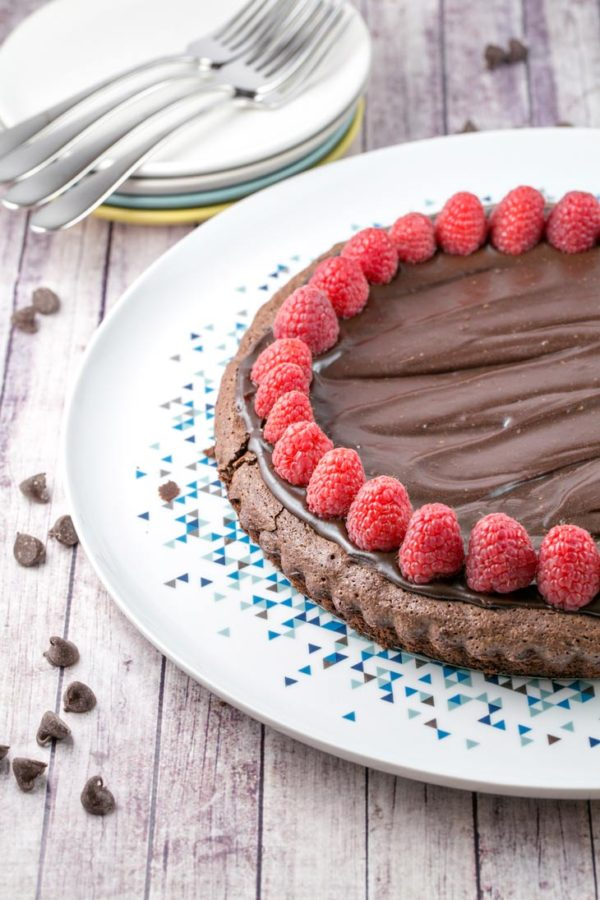 Flourless Chocolate Cake: A rich, one bowl flourless chocolate cake, perfect for Passover, a gluten-free birthday cake, or just because it's a Tuesday. {Bunsen Burner Bakery}