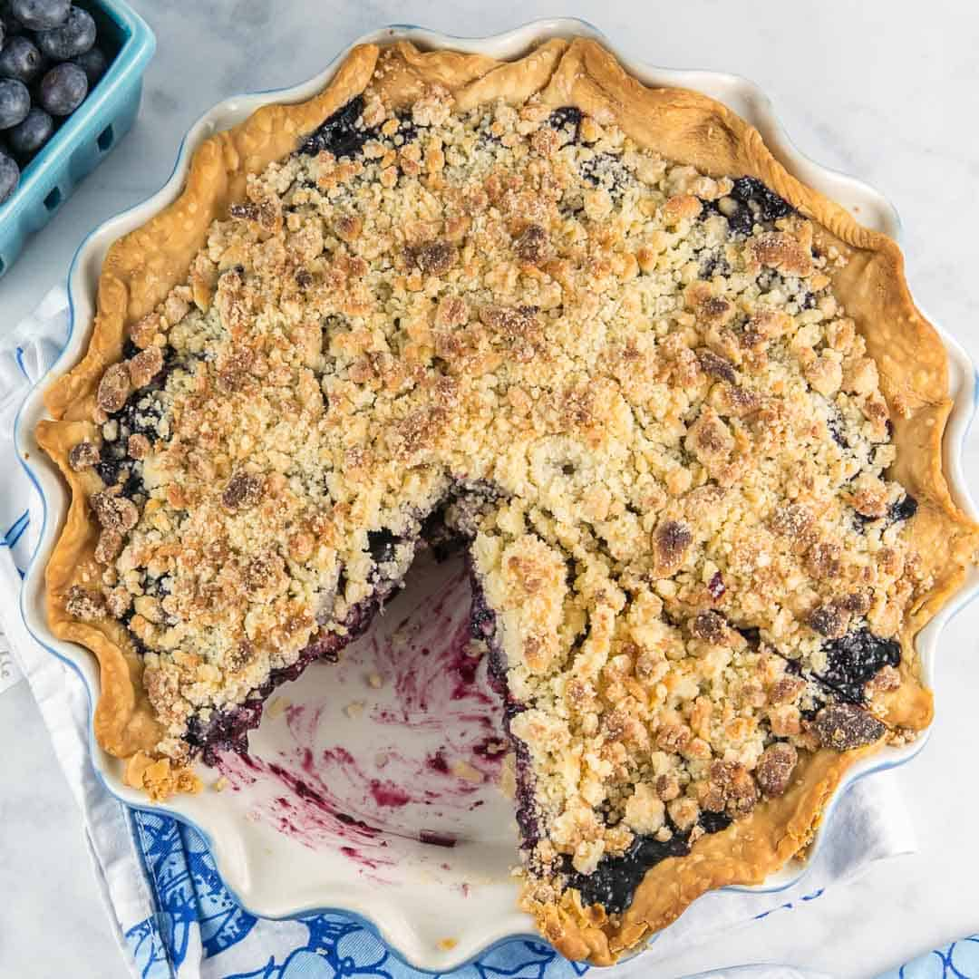 Almond Crumble Blueberry Pie