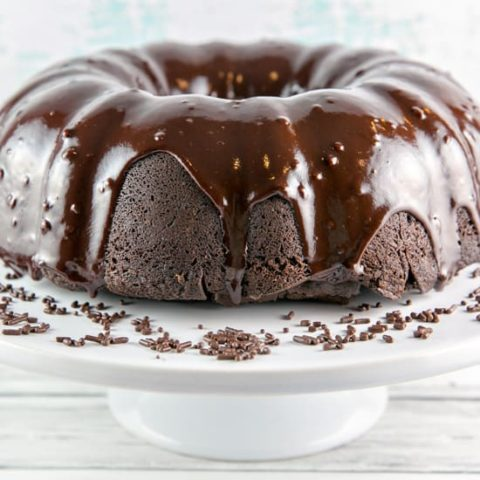 Chocolate Fudge Bundt Cake: a rich, fudgy chocolate cake, covered in chocolate ganache. Easy enough for everyday, delicious enough for a celebration. {Bunsen Burner Bakery} #cake #chocolatecake #bundtcake