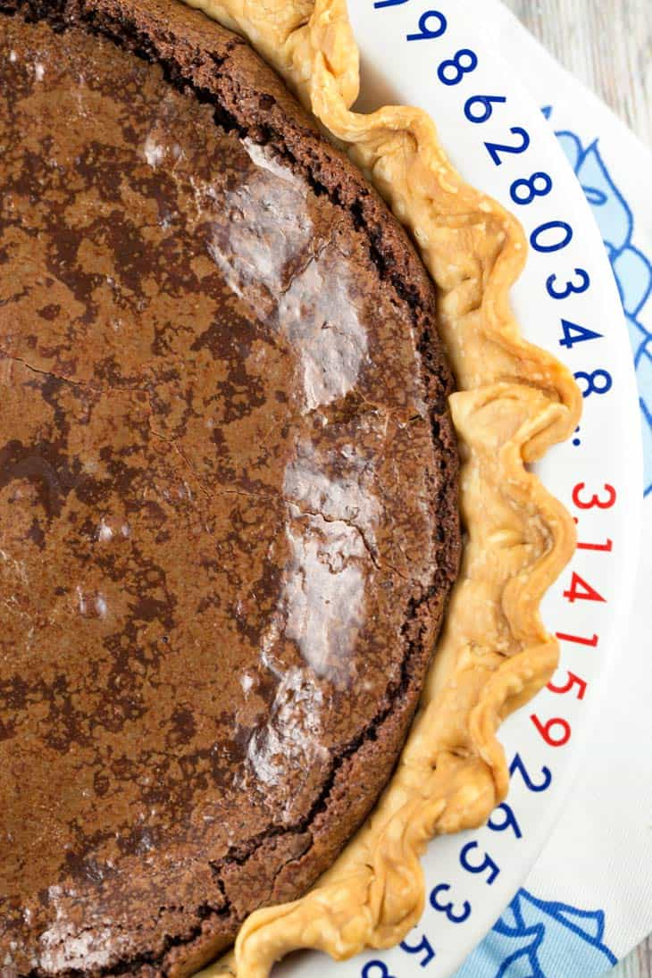 Gooey Chocolate Brownie Pie: chewy edges, gooey middle - the perfect brownie, baked right into a pie crust. Simple ingredients, one bowl, gluten free. {Bunsen Burner Bakery}
