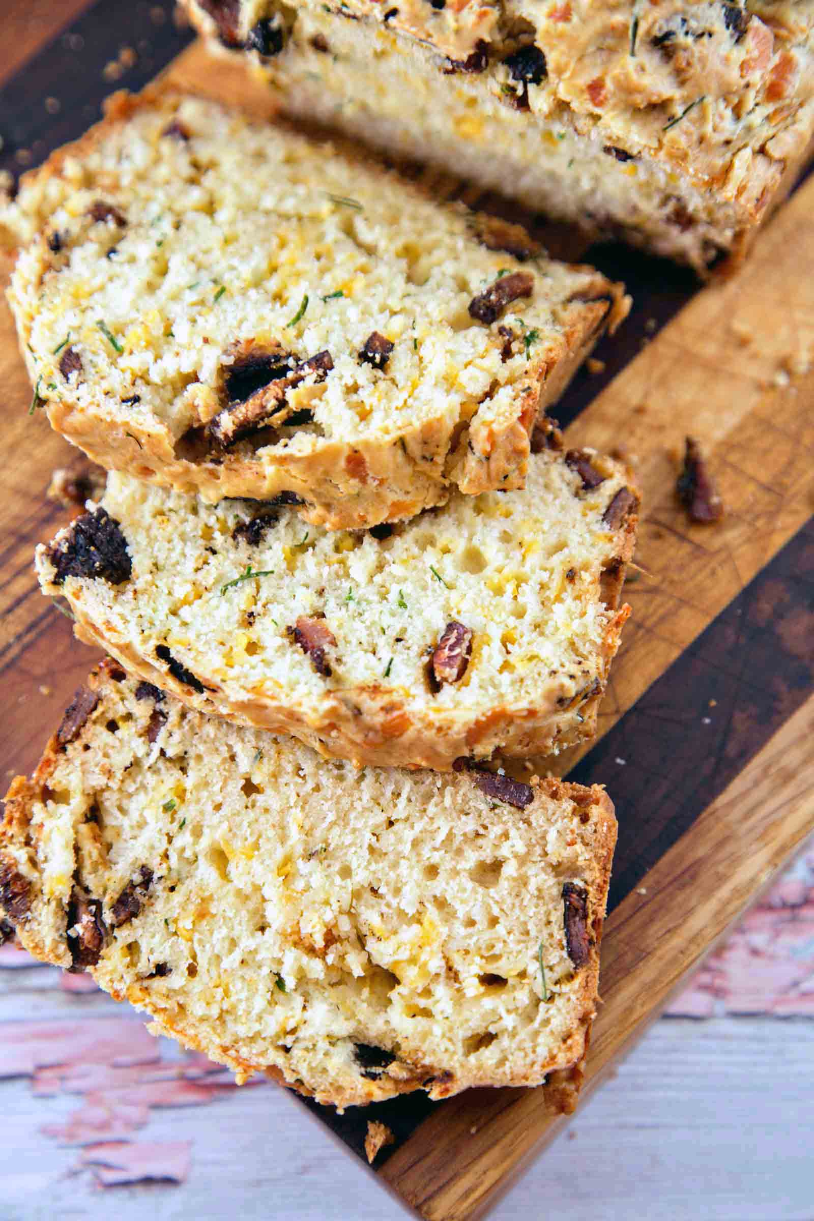 Bacon Cheddar Chive Bread: an easy quick bread, full of smoky bacon ...