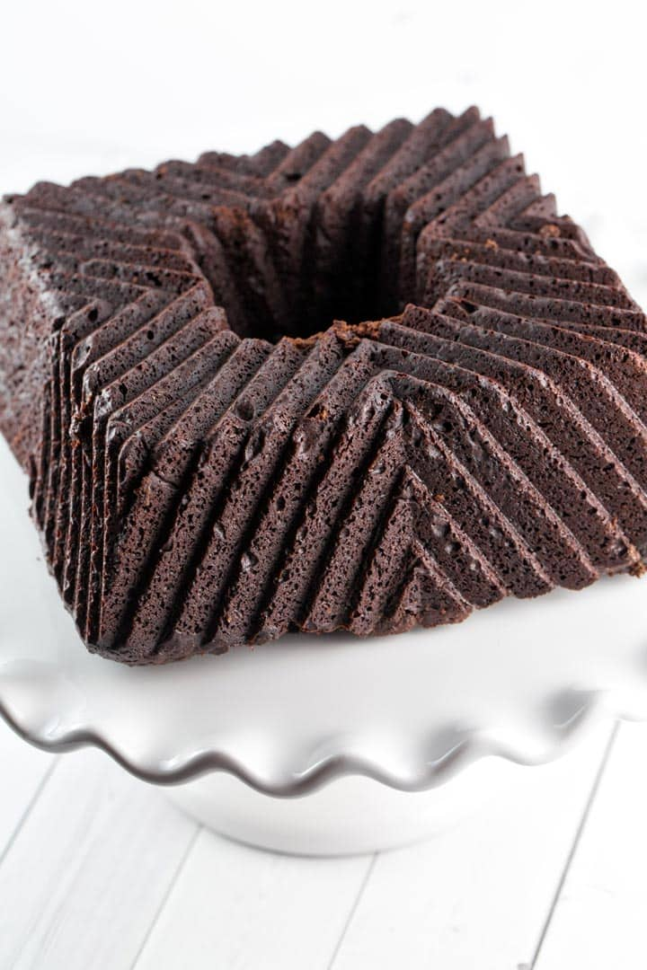 Gluten Free Chocolate Bundt Cake: The ultimate Passover-friendly, gluten free chocolate bundt cake. With a rich, deep chocolate flavor, this cake is for true chocolate aficionados! Perfect for Pesach, Easter, brunch, dessert, or any time!