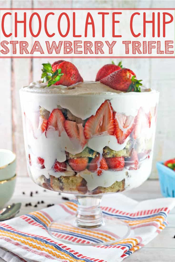 Chocolate Chip Strawberry Trifle: chocolate chip pound cake, hot fudge frosting, homemade pudding, and fresh strawberries make THE BEST strawberry trifle. This is summer dessert perfection! {Bunsen Burner Bakery} #dessert #trifle #poundcake #strawberryshortcake #strawberries