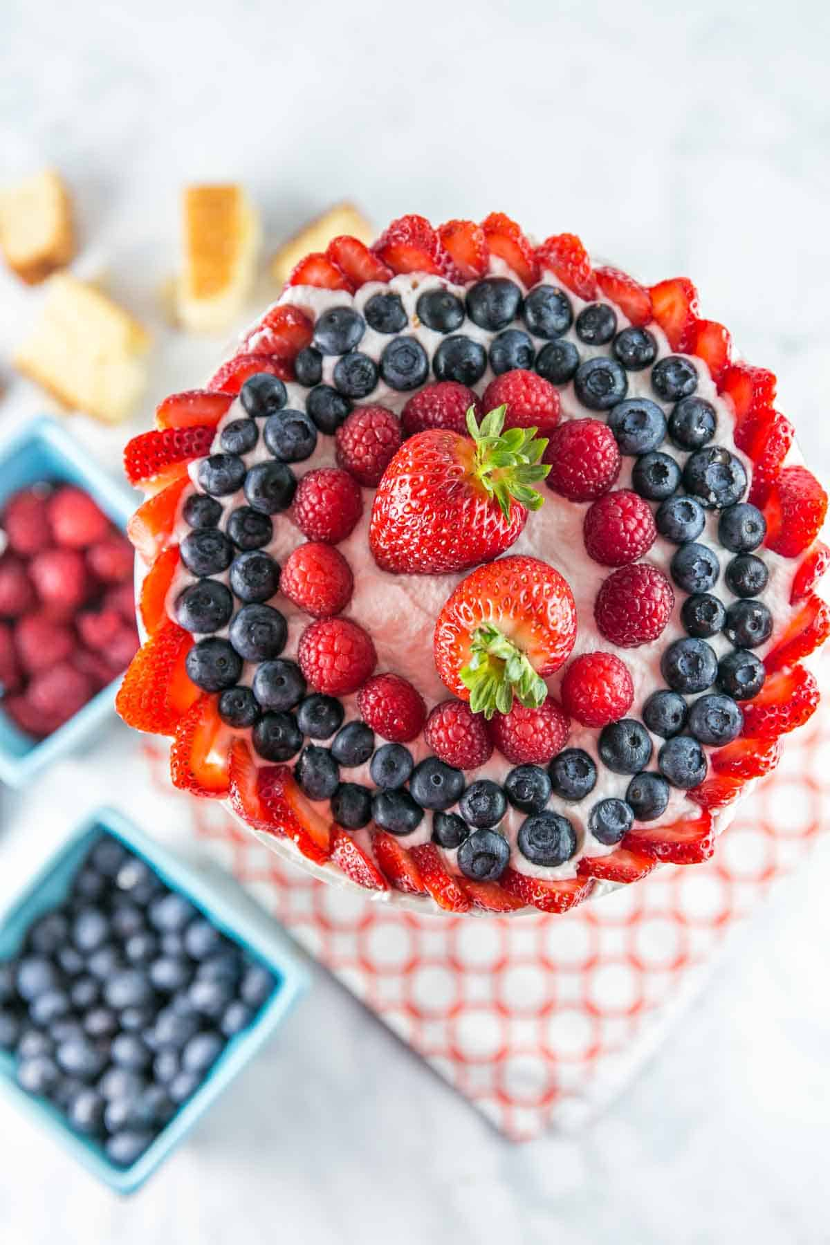 Summer Berry Trifle: Let berries shine in this easy, make ahead dessert perfect for summer entertaining. Homemade vanilla cake and lemon custard make it even better than store bought! {Bunsen Burner Bakery} #trifle #cake #berries #summerdesserts