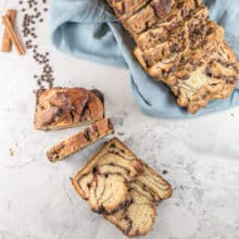 Best Chocolate Babka: Rich, butter yeast bread with swirls of a chocolate-cinnamon filling and covered with a streusel topping, this chocolate babka is even better than one from a classic Jewish deli. #bunsenburnerbakery #yeastbreads #babka #chocolatebabka