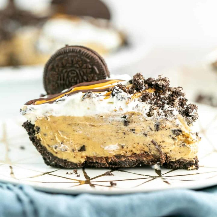 peanut butter pie with an oreo crust